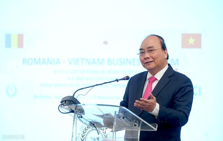 Thủ tướng dự Diễn đàn Doanh nghiệp Việt Nam-Romania ảnh 1