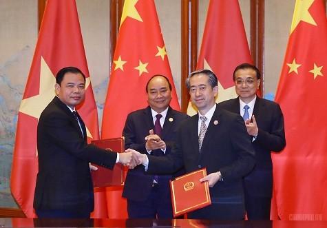 Thủ tướng Nguyễn Xuân Phúc hội đàm với Thủ tướng Trung Quốc Lý Khắc Cường ảnh 3