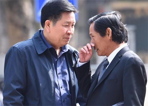 Vũ 'Nhôm' đưa chứng cứ mới khi hầu tòa cùng cựu thứ trưởng công an ảnh 1