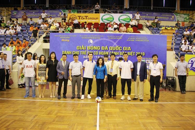 HDBank trao tặng 1,1 tỷ đồng cho Quỹ Bảo trợ trẻ em Việt Nam ảnh 2