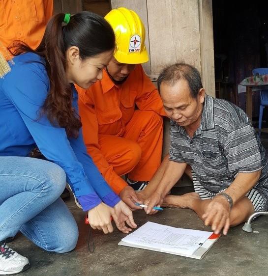 PC Khánh Hòa với phong trào sử dụng tiết kiệm năng lượng ảnh 1