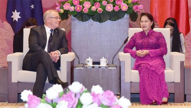 Chủ tịch Quốc hội, Phó Chủ tịch nước hội kiến Thủ tướng Australia ảnh 1
