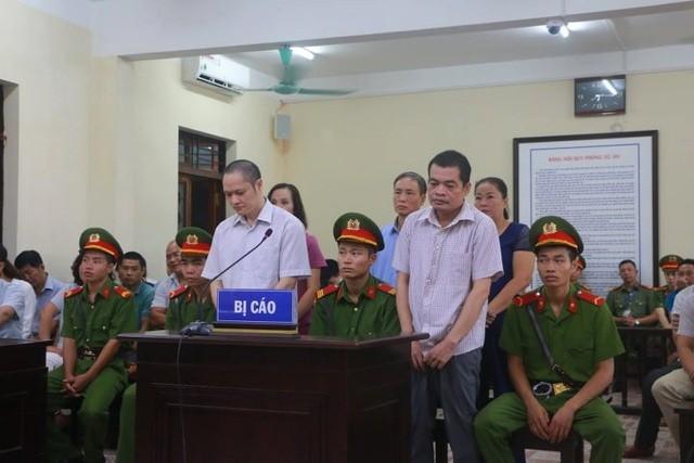Hôm nay 2 cựu Phó Giám đốc Sở GD&ĐT hầu tòa vụ gian lận điểm thi ở Hà Giang ảnh 3