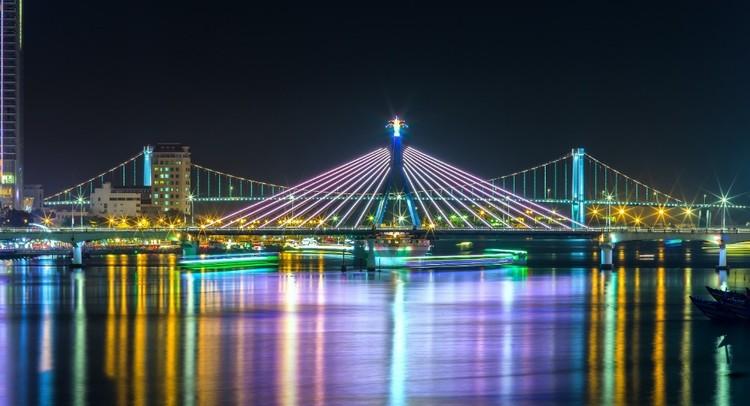 Khách du lịch ngán ngẩm chơi đêm ở thành phố sông Hàn ảnh 1