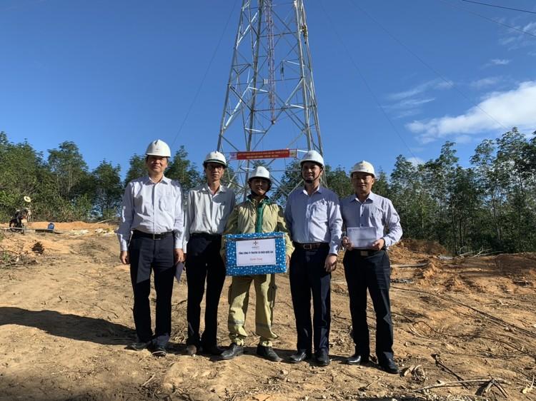 Phó TGĐ EVNNPT Bùi Văn Kiên kiểm tra tiến độ ĐZ 500 kV Dốc Sỏi – Pleiku 2 ảnh 1