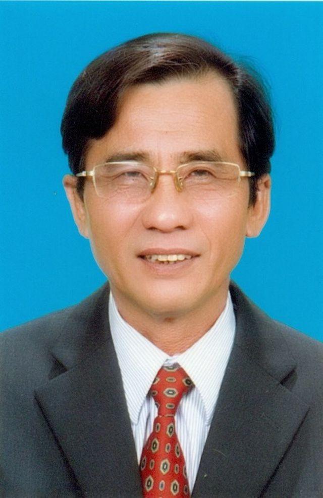 Bình Thuận: Khởi tố, khám nhà cựu Chủ tịch UBND TP Phan Thiết ảnh 1