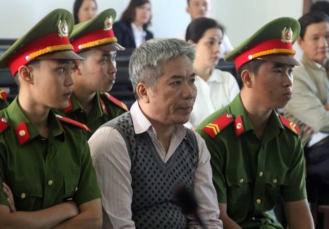 Tham ô tài sản, nguyên Chánh án TAND Phú Yên cùng 3 thuộc cấp hầu tòa ảnh 2