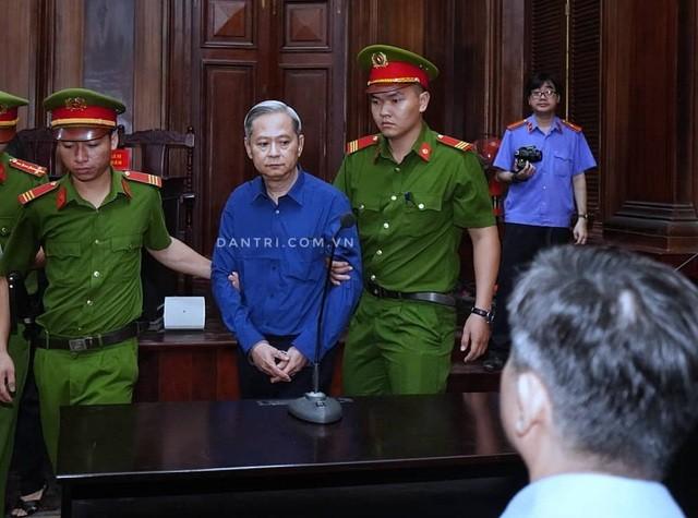 Nguyên Phó Chủ tịch TPHCM Nguyễn Hữu Tín lãnh 7 năm tù ảnh 1