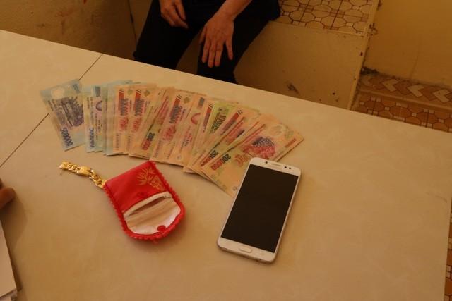 Tây Ninh: Bắt đối tượng mang vàng giả dạo quanh các vùng quê để lừa đảo ảnh 1