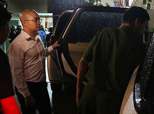 Hàng loạt nhân viên địa ốc Alibaba bị bắt ảnh 1