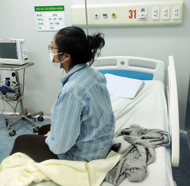 Việt Nam phát hiện ca bệnh Covid-19 thứ 21 là người ngồi cùng hàng ghế máy bay với BN17 ảnh 1