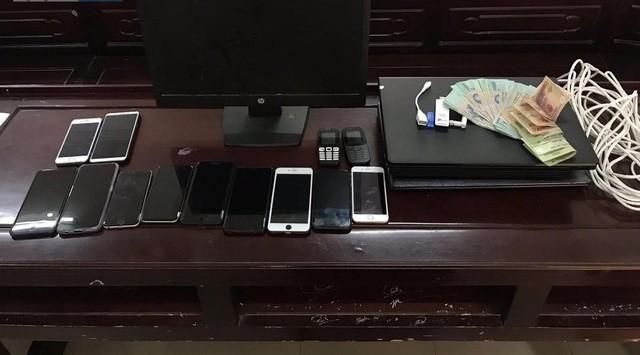 Nghệ An: Đường dây đánh bạc hơn 2,5 tỉ đồng qua mạng internet bị triệt phá ảnh 1