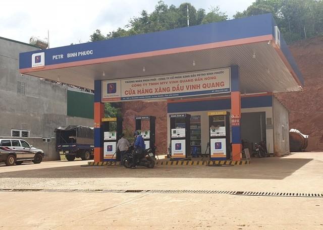 Đắk Nông: Hàng loạt cửa hàng xăng dầu bán xăng giả với số lượng cả triệu lít ảnh 1