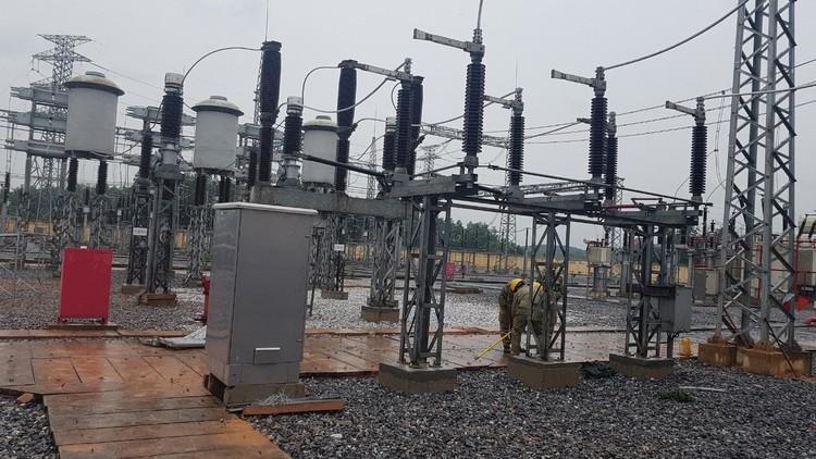Đóng điện đưa vào vận hành vận hành các công trình truyền tải điện, đảm bảo cung cấp điện mùa hè năm 2020 ảnh 1
