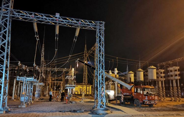 Đóng điện đưa vào vận hành vận hành các công trình truyền tải điện, đảm bảo cung cấp điện mùa hè năm 2020 ảnh 4
