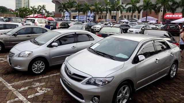 Hụt tiền chi tiêu, sếp đồng loạt rao bán ô tô giá rẻ ảnh 2