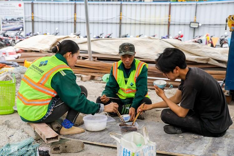 TPHCM: Công nhân metro làm việc trong Covid-19 ảnh 11