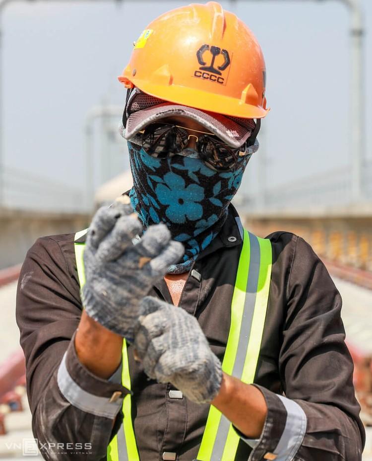 TPHCM: Công nhân metro làm việc trong Covid-19 ảnh 3