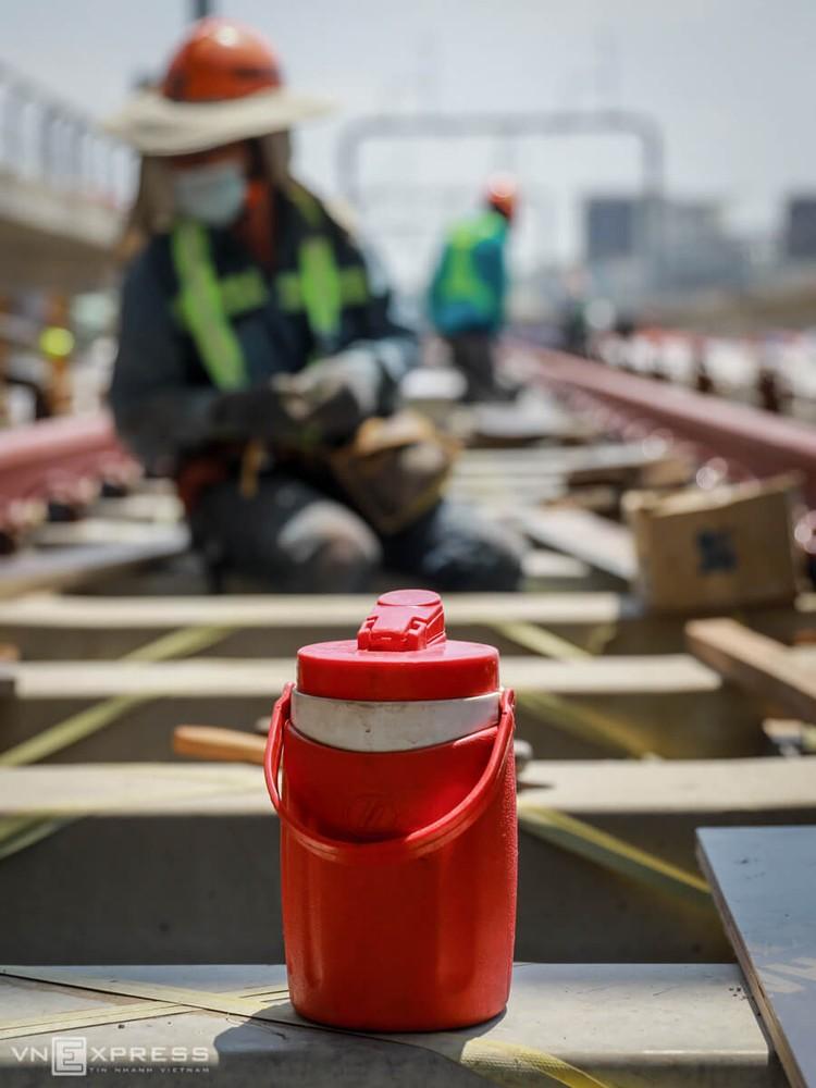 TPHCM: Công nhân metro làm việc trong Covid-19 ảnh 5