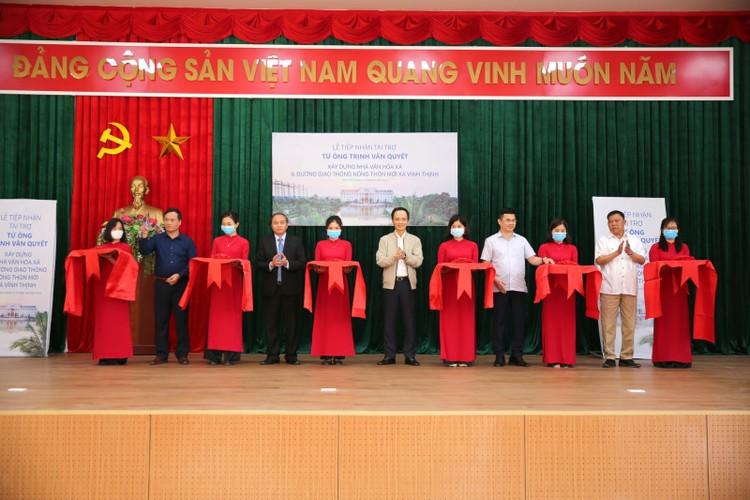 Ông Trịnh Văn Quyết tài trợ xây hội trường – nhà văn hóa xã và đường giao thông tại vùng đất quê hương ảnh 1