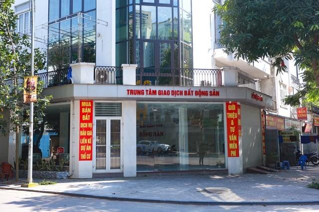 """Sàn giao dịch BĐS ở Hà Nội vẫn """"ngủ đông"""" dù hết cách ly xã hội ảnh 10"""