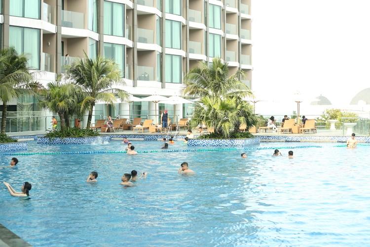 Hàng ngàn khách check in, FLC Sầm Sơn tăng cường các giải pháp đảm bảo an toàn mùa cao điểm ảnh 6