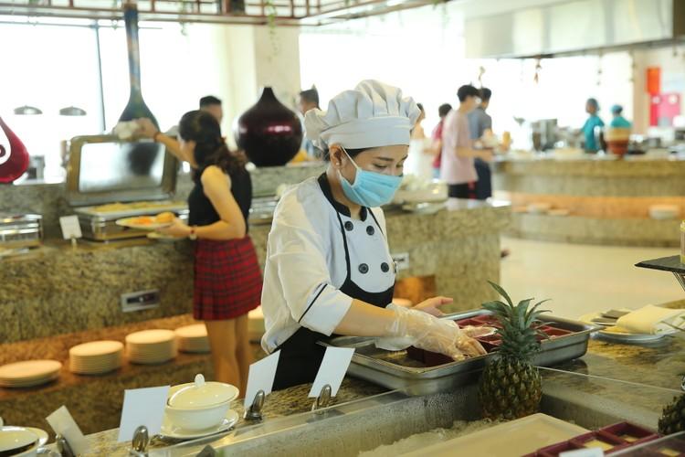 Hàng ngàn khách check in, FLC Sầm Sơn tăng cường các giải pháp đảm bảo an toàn mùa cao điểm ảnh 7