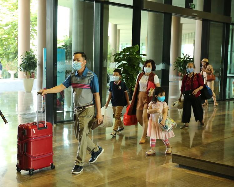 Hàng ngàn khách check in, FLC Sầm Sơn tăng cường các giải pháp đảm bảo an toàn mùa cao điểm ảnh 3