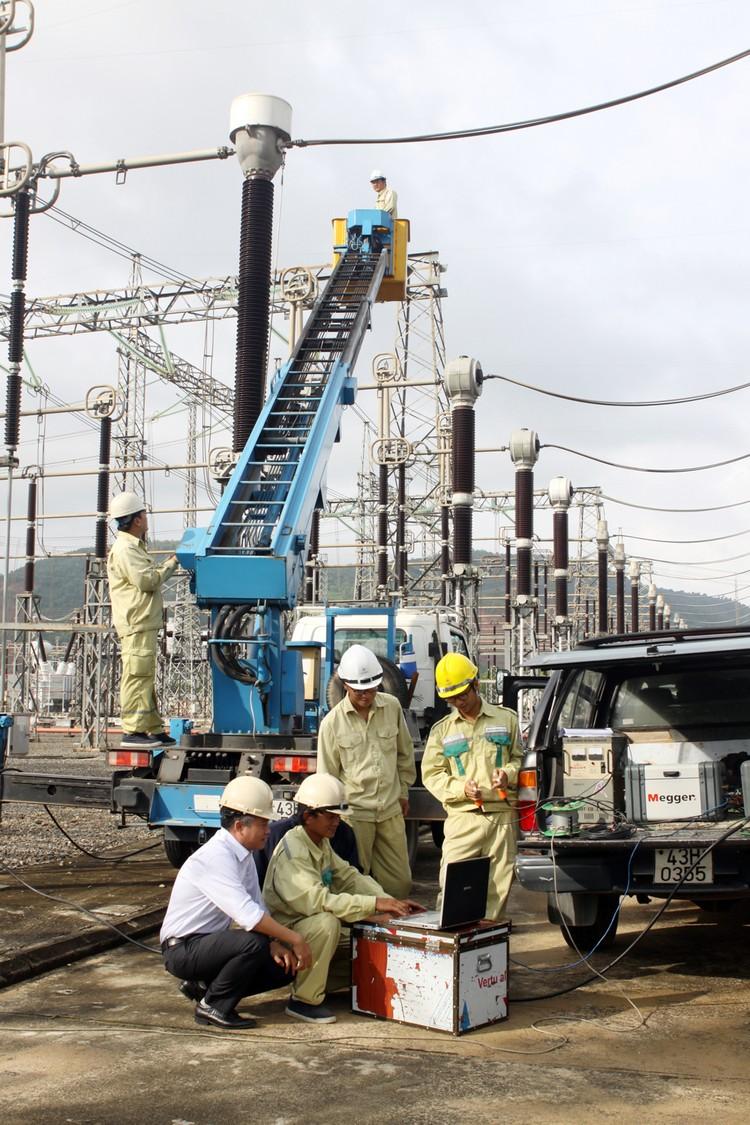 Giảm tổn thất điện năng trên lưới điện truyền tải: Giải bài toán kinh tế ảnh 1