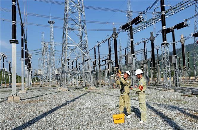 Giảm tổn thất điện năng trên lưới điện truyền tải: Tiếp tục các giải pháp trong quản lý và vận hành ảnh 1