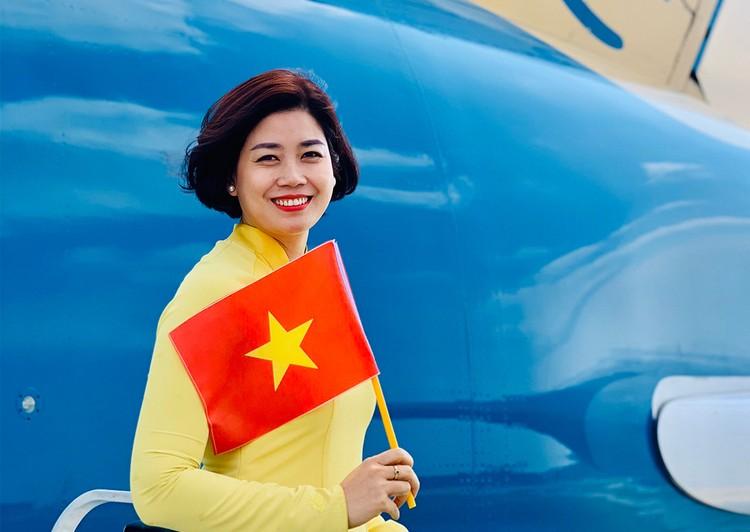 Chuyến bay 33 giờ đón người Việt ở Mỹ hồi hương ảnh 3