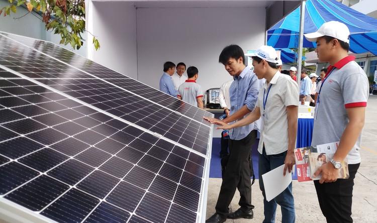 EVNSPC kêu gọi tăng cường hợp tác doanh nghiệp phát triển điện mặt trời áp mái ảnh 1