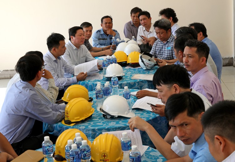 TGĐ EVNNPT Nguyễn Tuấn Tùng: Yêu cầu đóng điện GĐ 1 TBA 220kV Ninh Phước và đấu nối đúng tiến độ ảnh 1
