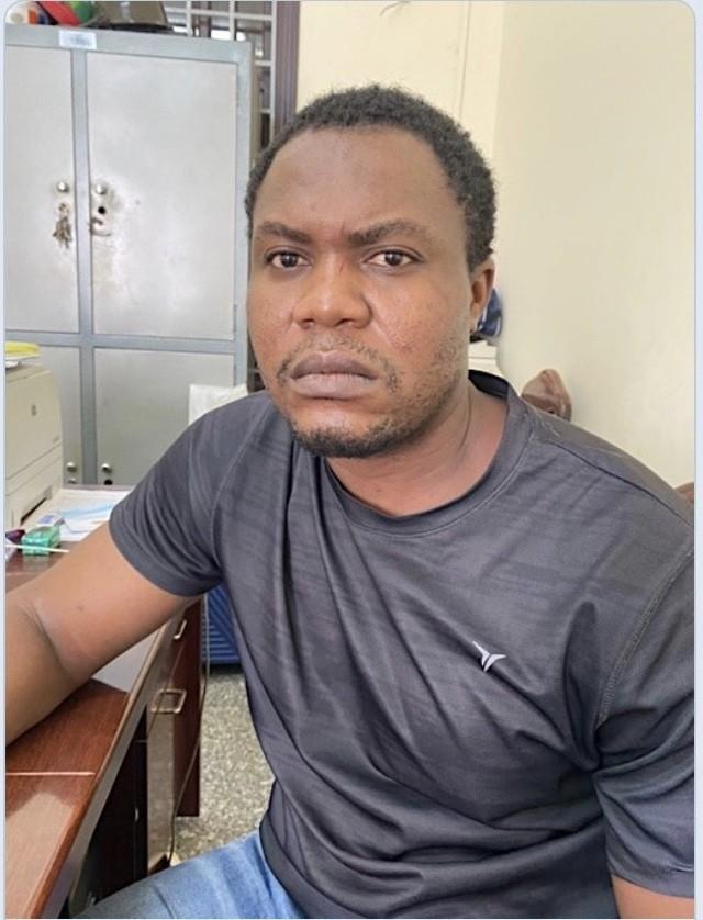 Thừa Thiên Huế: 7 người Nigeria trong đường dây lừa đảo 120 tỷ đồng bị bắt ảnh 4