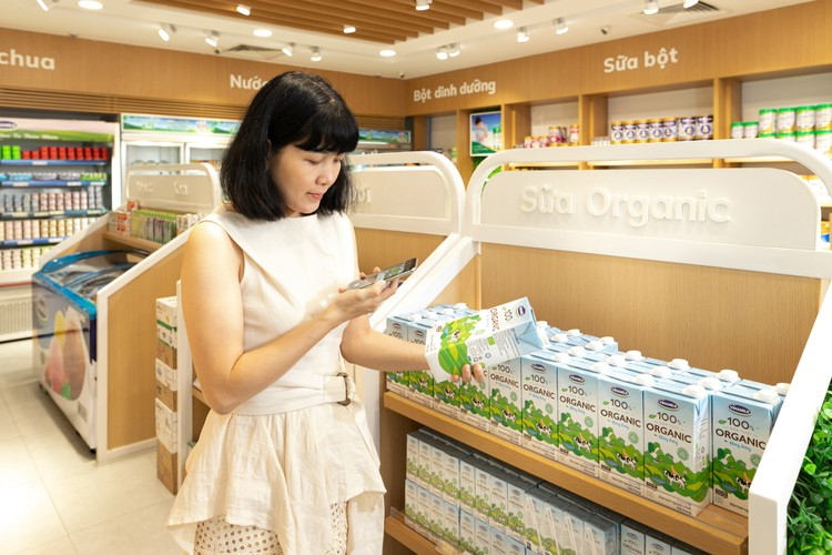 Vinamilk 8 năm liền là thương hiệu được người tiêu dung Việt Nam chọn mua nhiều nhất ảnh 1