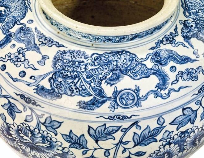Chum gốm Việt thế kỷ 15 bán đấu giá thành công hơn 10,6 tỉ đồng ảnh 3