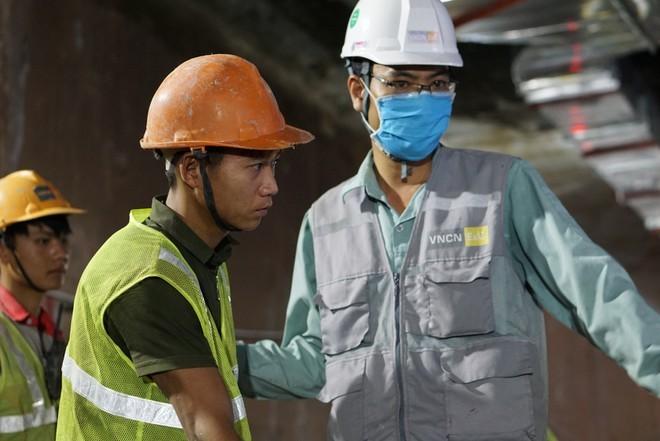 Hợp long ga ngầm đầu tiên đường sắt Nhổn - ga Hà Nội ảnh 1
