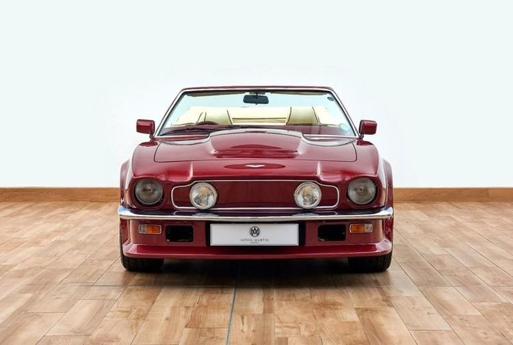 Xế cổ Aston Martin V8 Volante 1988 của David Beckham được rao bán ảnh 2