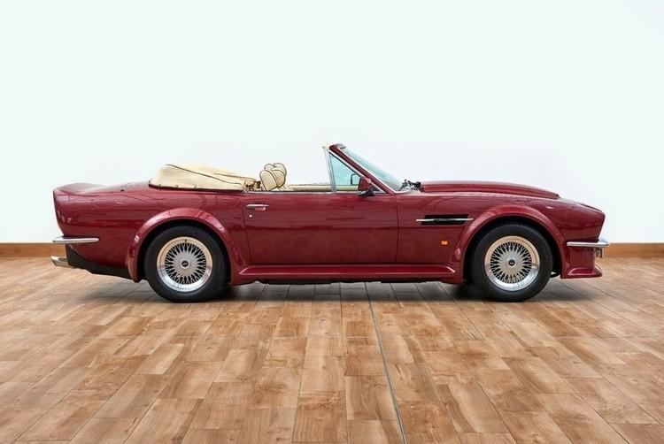 Xế cổ Aston Martin V8 Volante 1988 của David Beckham được rao bán ảnh 3