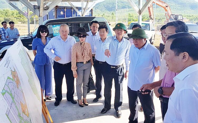 Bộ trưởng Nguyễn Chí Dũng làm việc tại Bình Định: Gợi mở định hướng phát triển bền vững ảnh 1