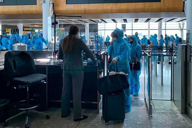 Bệnh nhân 91 an toàn trở về quê hương ảnh 3