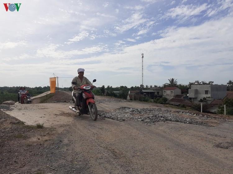 Đê sông Chu ở Thanh Hóa vừa nâng cấp đã hỏng ảnh 2