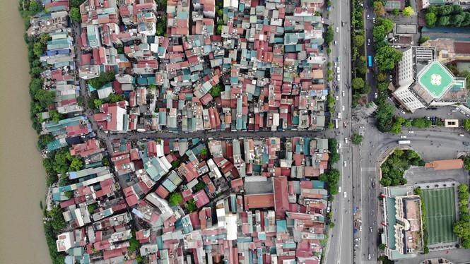 Cận cảnh nơi dự kiến xây dựng cầu Trần Hưng Đạo nối quận Long Biên - Hoàn Kiếm ảnh 1