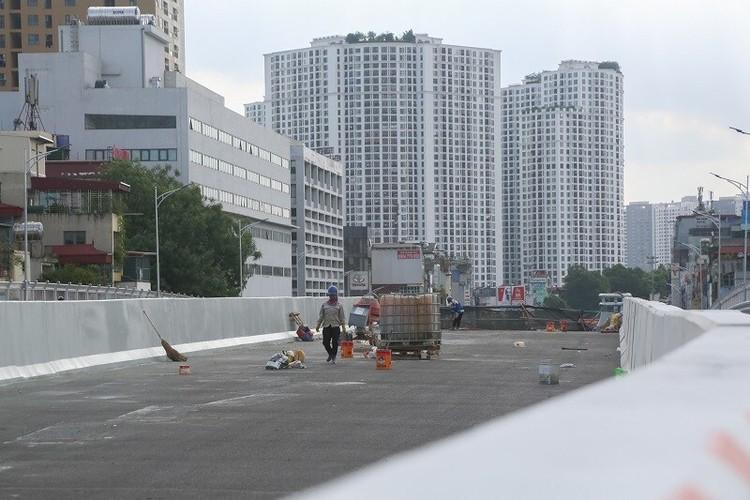 Cận cảnh đường Vành đai 2 trên cao ở Thủ đô sắp thông xe dịp 2/9 ảnh 10