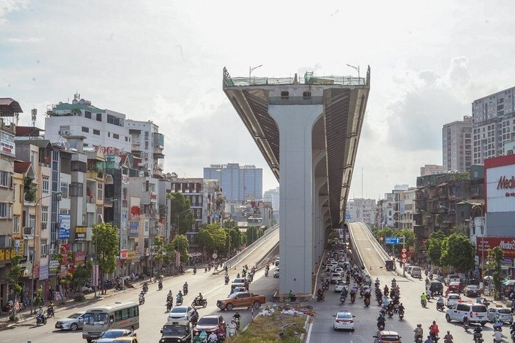 Cận cảnh đường Vành đai 2 trên cao ở Thủ đô sắp thông xe dịp 2/9 ảnh 8