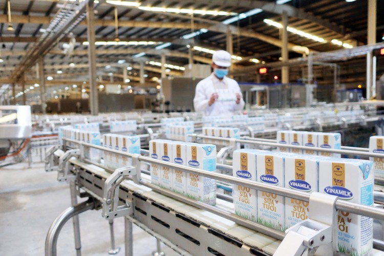 Vinamilk liên tiếp được đánh giá thuộc top kinh doanh hiệu quả nhất Việt Nam ảnh 4