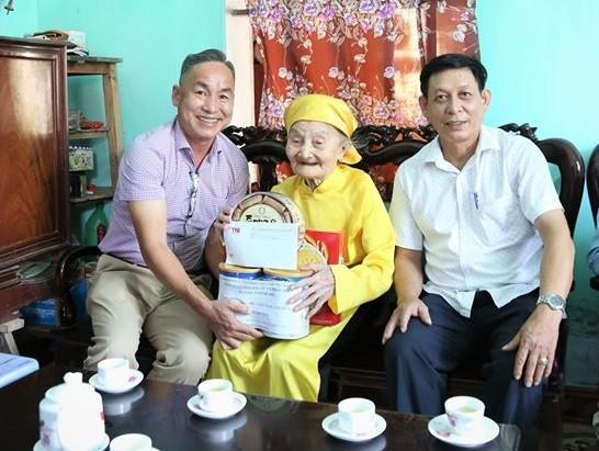 TNG Holdings Vietnam bồi đắp truyền thống uống nước nhớ nguồn cho cán bộ nhân viên ảnh 1