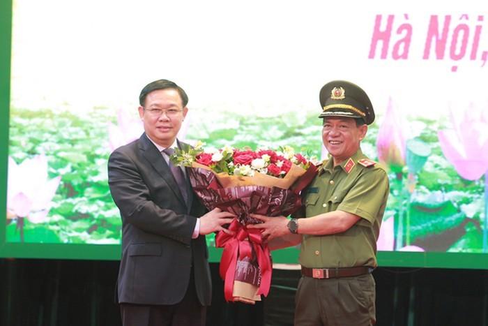 Thiếu tướng Nguyễn Hải Trung làm Giám đốc Công an thành phố Hà Nội ảnh 1