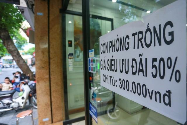 """""""Buốt ruột"""" vì vắng khách, chủ khách sạn phố cổ Hà Nội rao bán trăm tỷ đồng ảnh 9"""