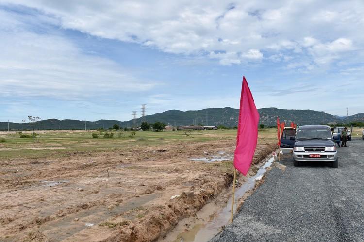 Chùm ảnh: Đồng loạt khởi công 3 dự án thành phần cao tốc Bắc-Nam ảnh 9